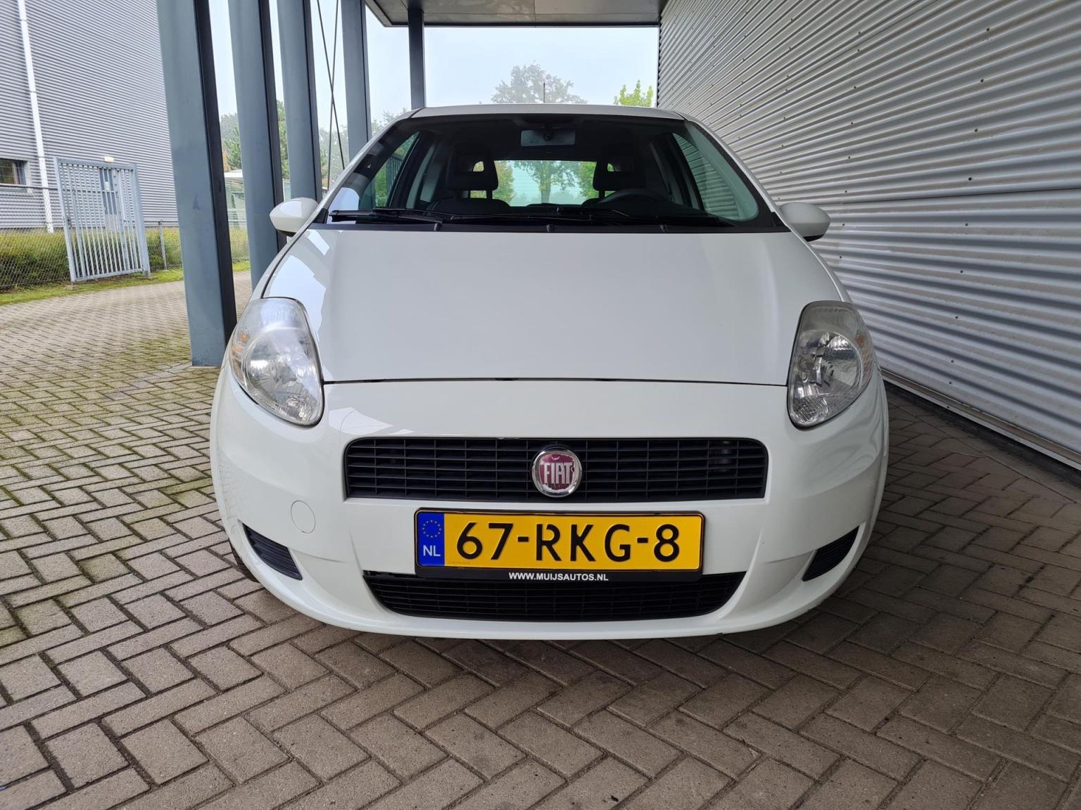 Fiat-Grande Punto-7