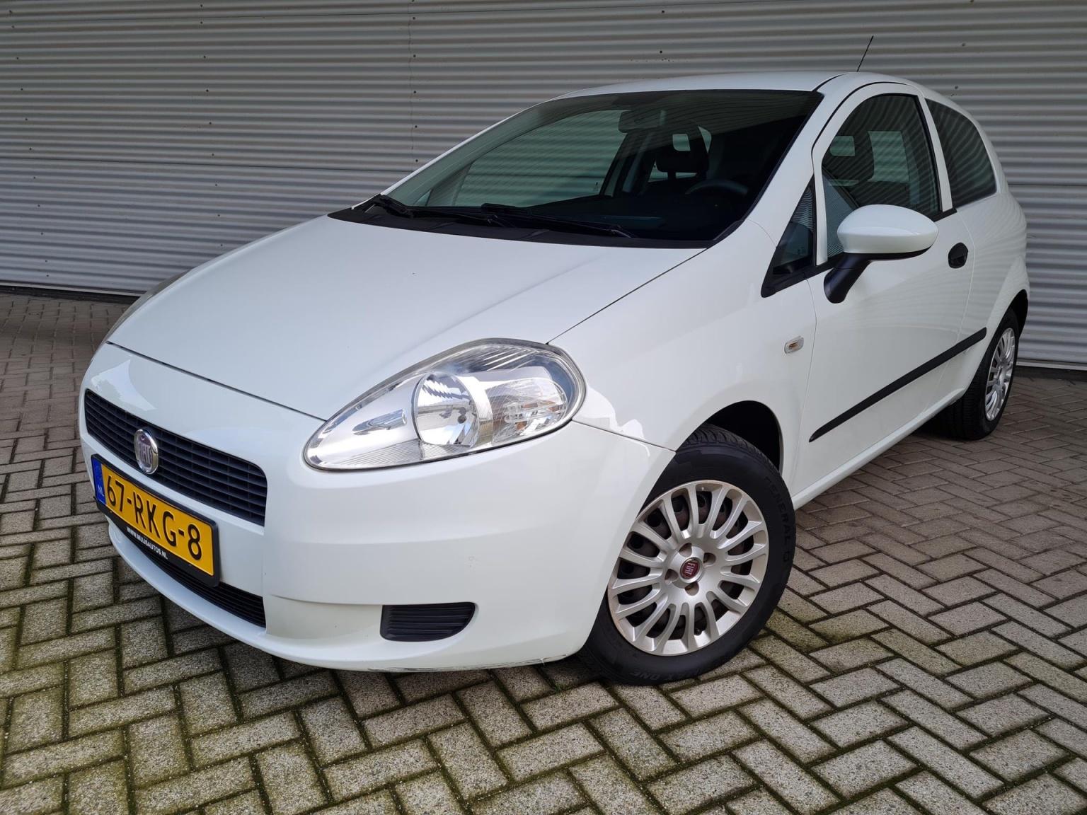 Fiat-Grande Punto-1